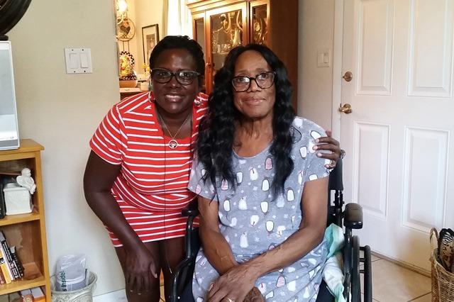 Linda and her daughter Deborah